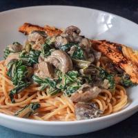 Pasta met snijbiet en champignons