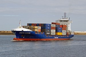 shipping-1057110_640