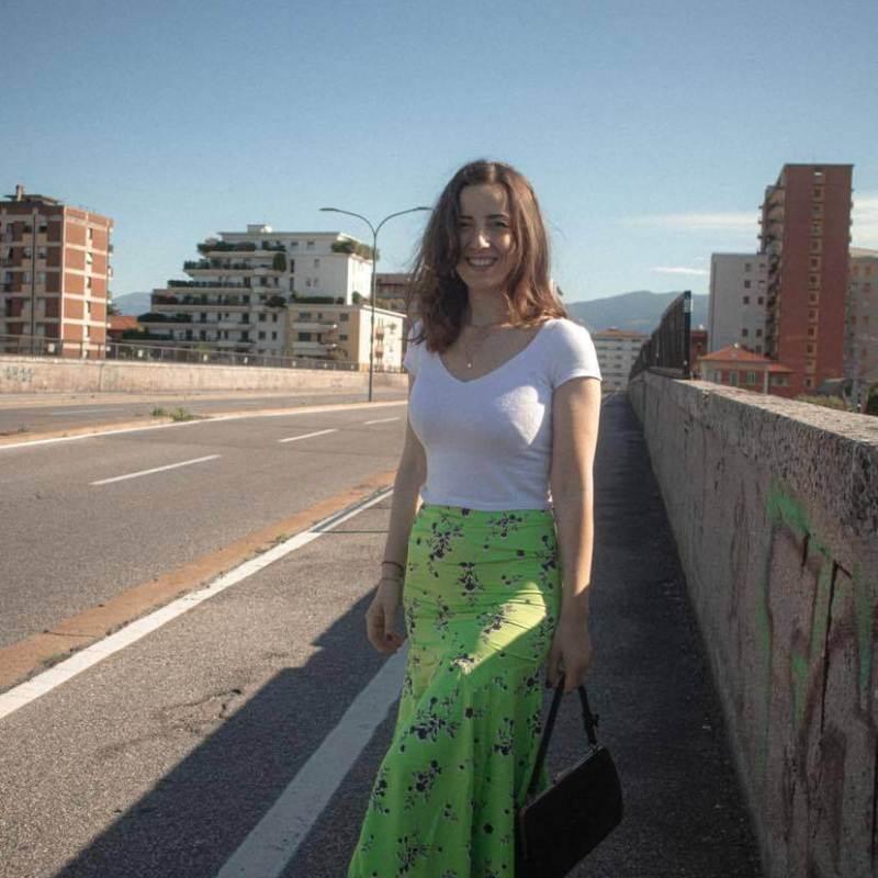 style-midi-green-skirt