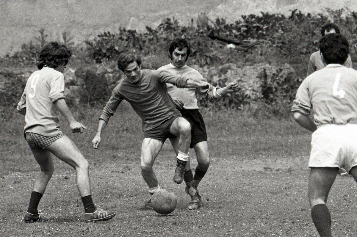 Spirit of Football - Page 39 Pasolini1