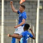 La Italia de Sebastiano Esposito debuta con victoria