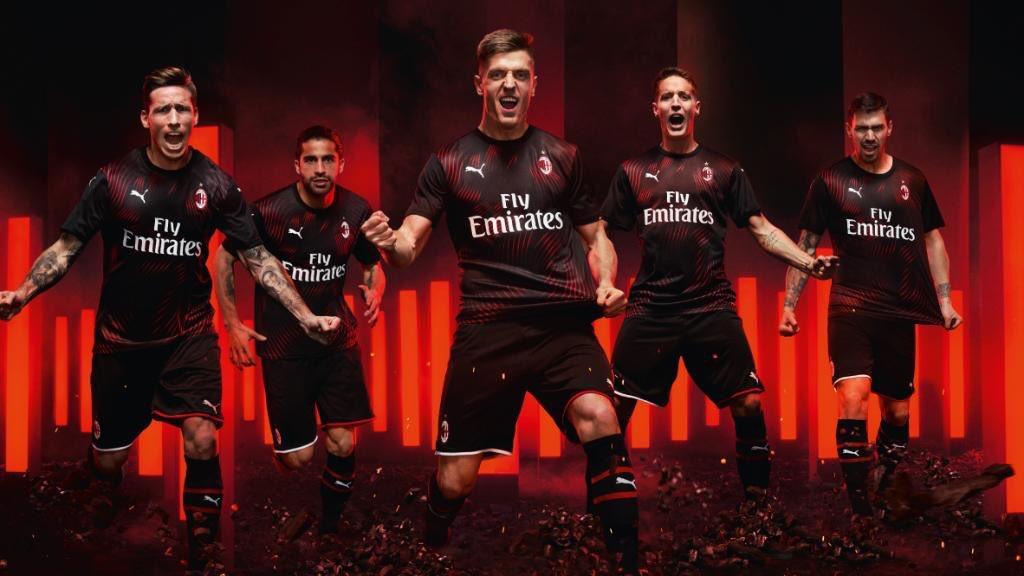 El AC Milan presenta su tercera equipación para la temporada 2019/20