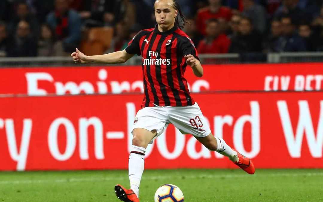 El Milan busca equipo para Diego Laxalt