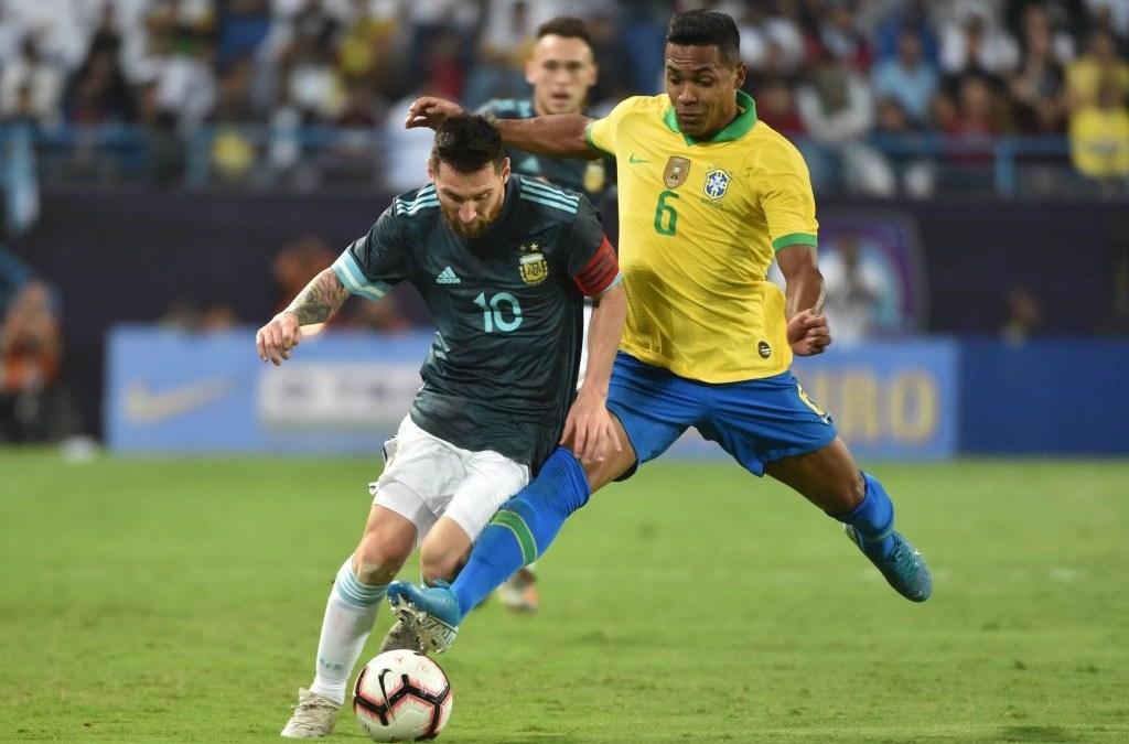 Problemas para la Juventus: Alex Sandro, lesionado con Brasil