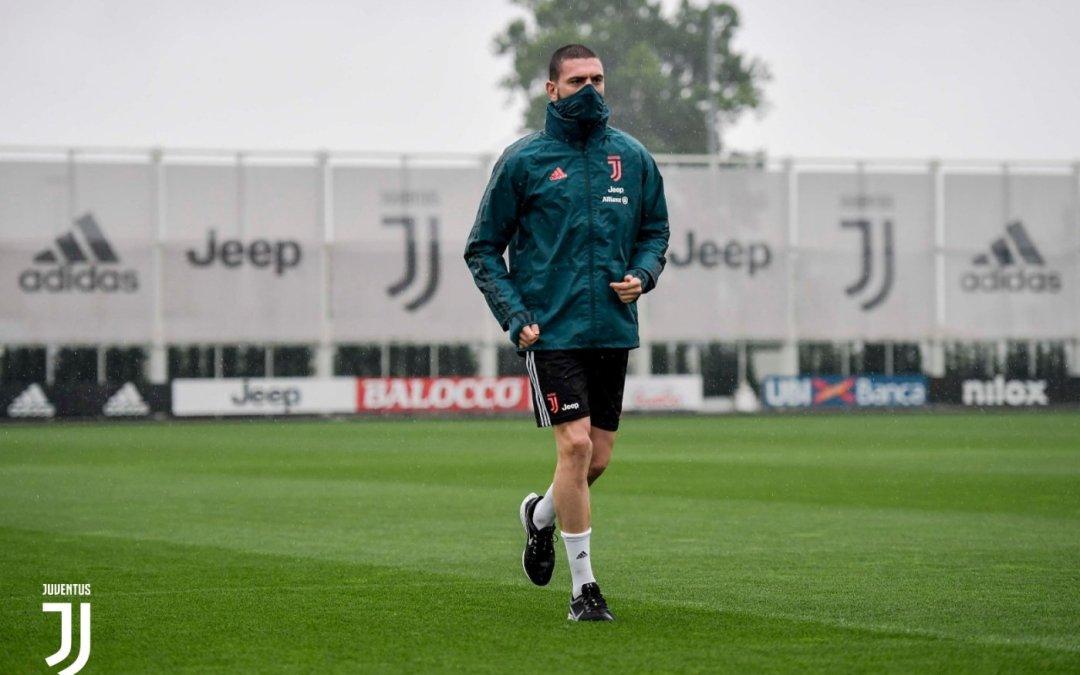 Meses después, Demiral vuelve a entrenar con la Juventus