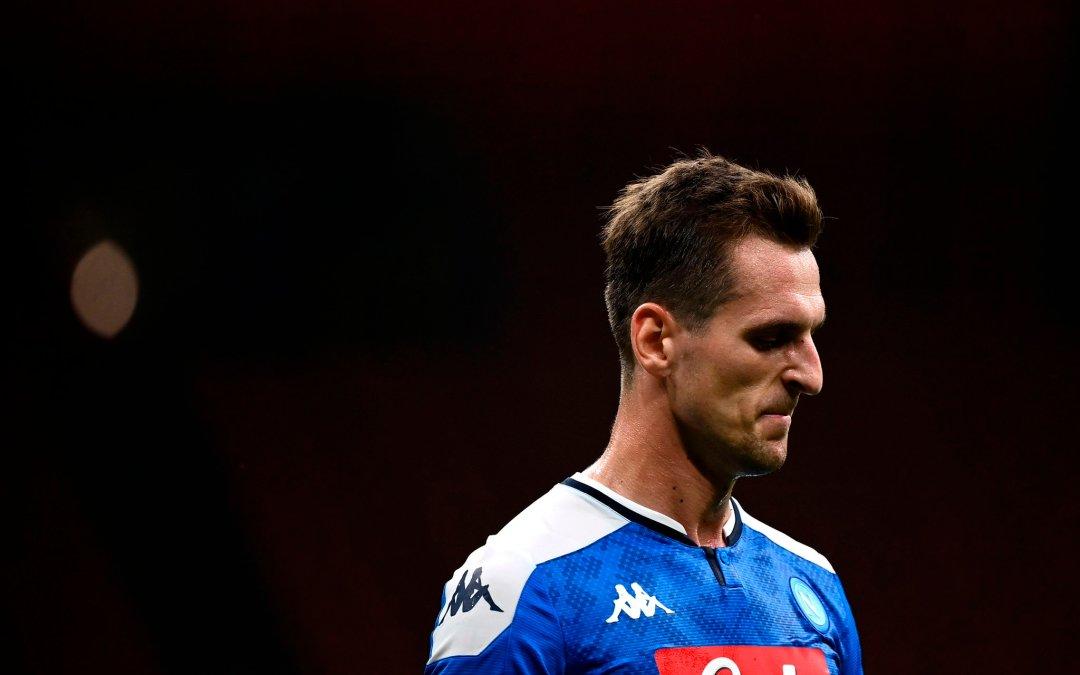 De Laurentiis sobre Milik: «Debe marcharse. Corre el riesgo de quedarse en Napoli y no jugar»