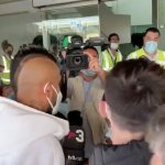 📽 Arturo Vidal ya vuela a Milán: mañana pasa exámenes médicos