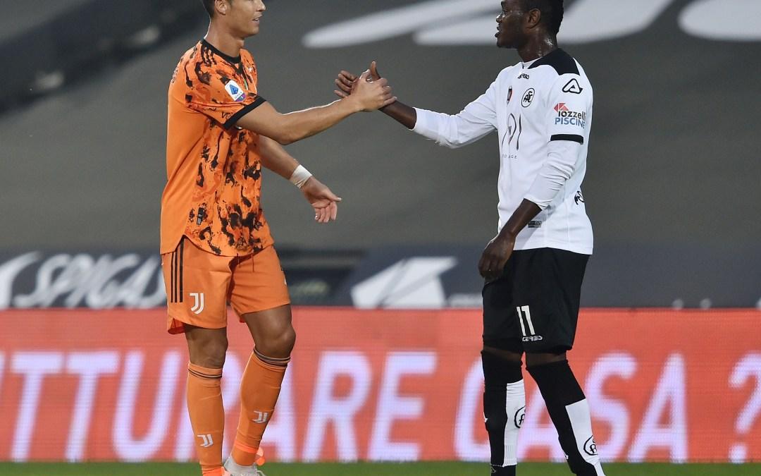 Un rival revela lo que le dijo Cristiano Ronaldo tras enfrentarse a él