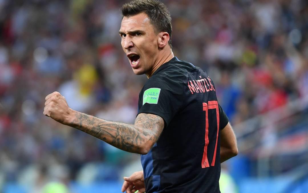 Mario Mandzukic aterriza en Italia para fichar por el Milan