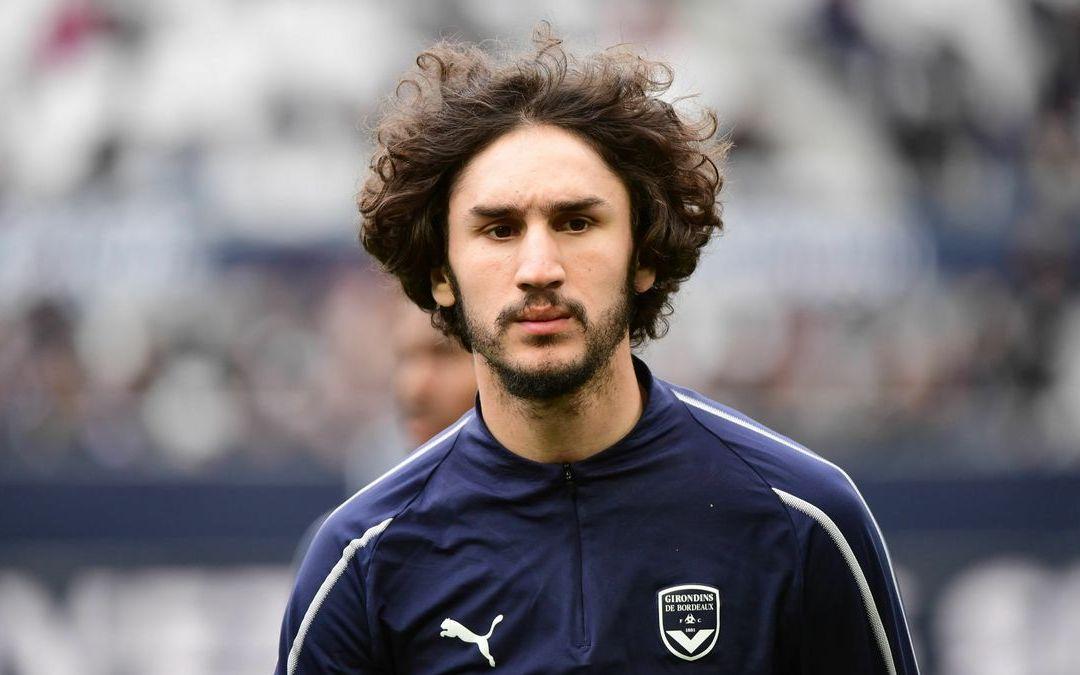 Adli: «Cuando viene el Milan a por ti, siempre deseas jugar allí como sea»