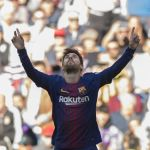 Lionel Messi al servicio del Barcelona, capitán y asistente