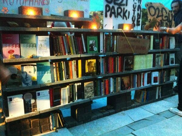 In the midst of war, Turkish protestors built a fully functioning free public library.