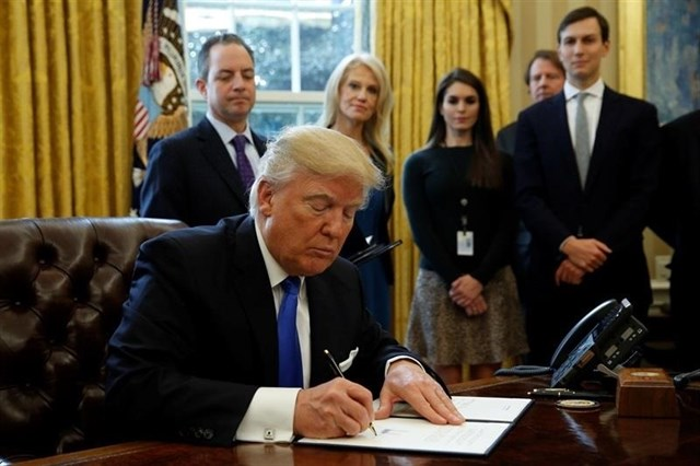 """""""Esto es una emergencia nacional"""": Trump sobre la caravana migrante"""