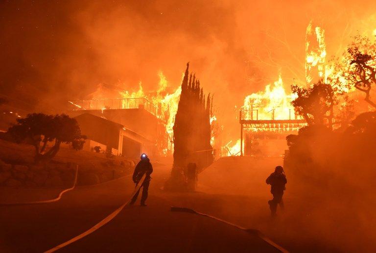 Video: Los incendios en California ya son los peores de su historia