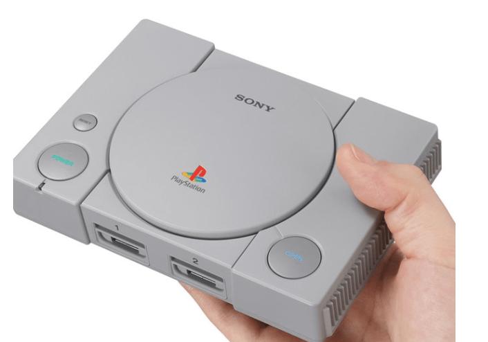Play Station apuesta por una versión reducida de su consola original