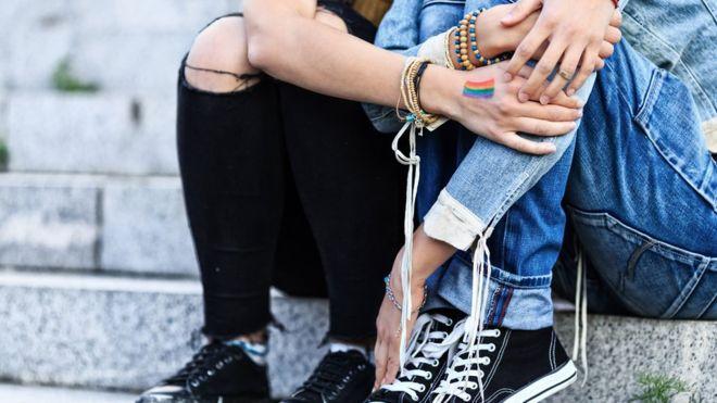 Escocia es el primer país en introducir la educación LGBTI obligatoria