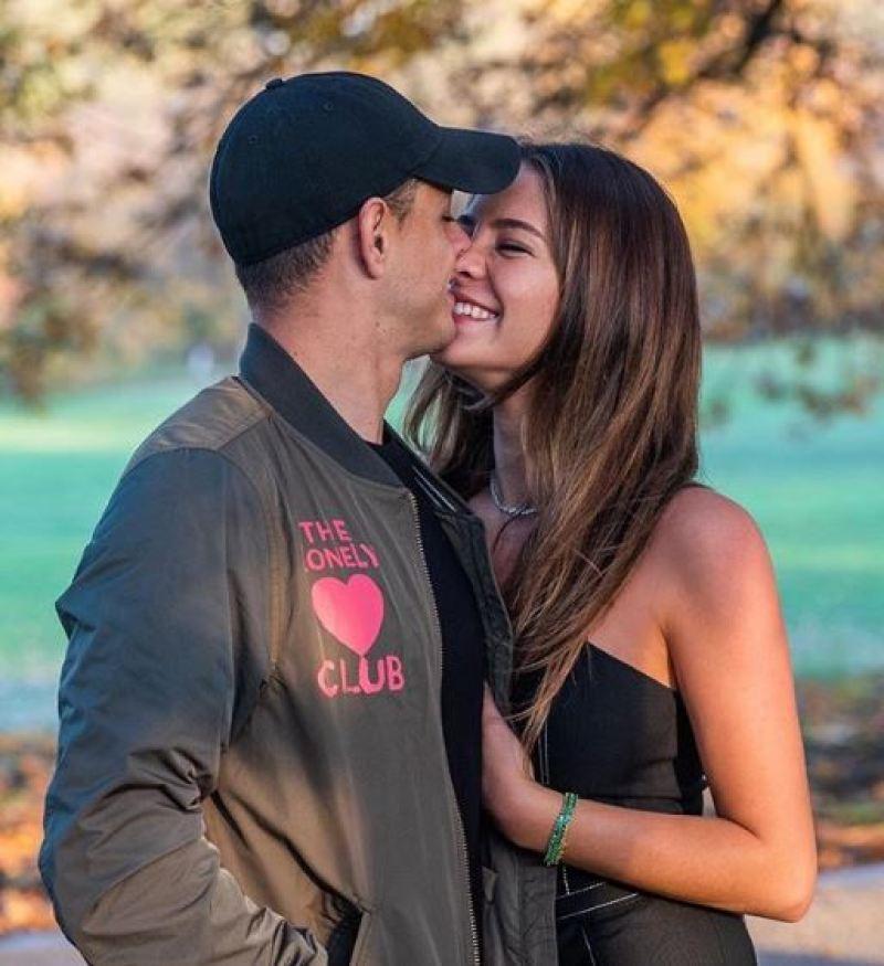 ¡'Chicharito' se casó con Sarah Kohan!