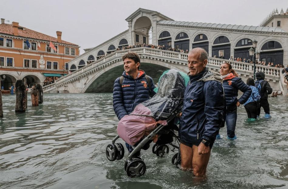 #Video: Venecia sufre su peor inundación en 53 años