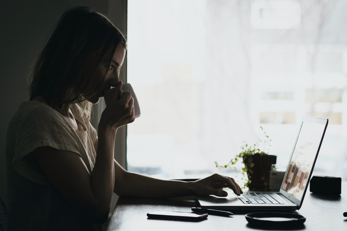 Crece más del 380% la compra de artículos para trabajar desde casa.