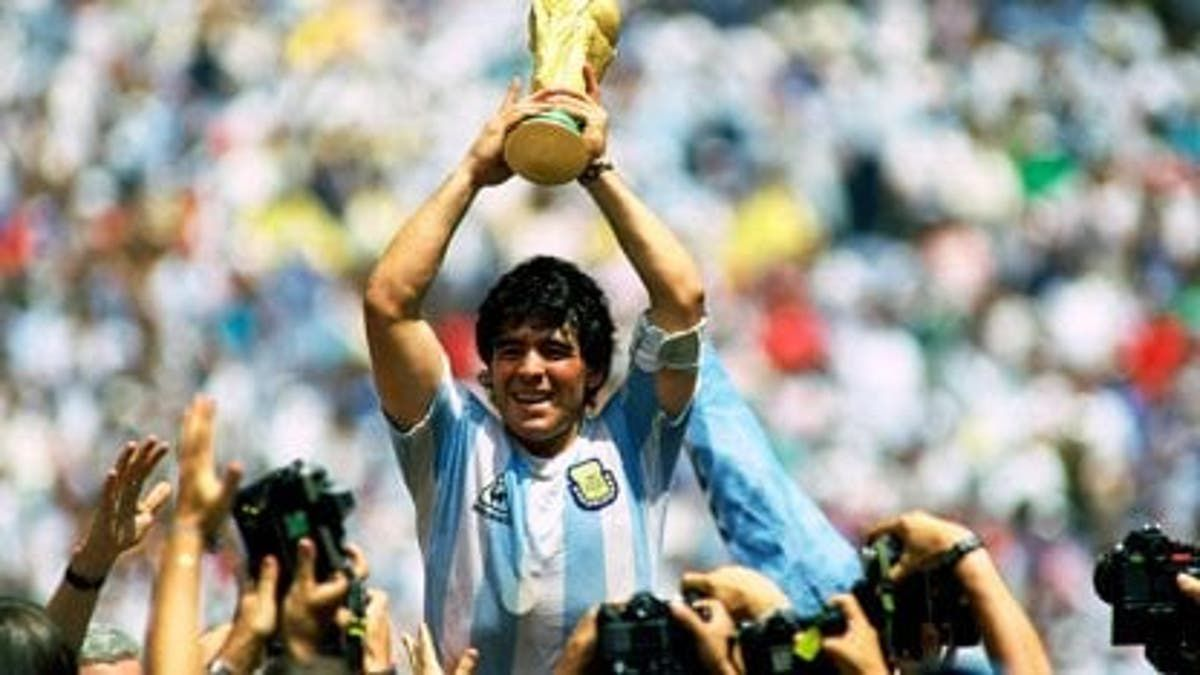 Diego Armando Maradona murió hoy a los 60 años