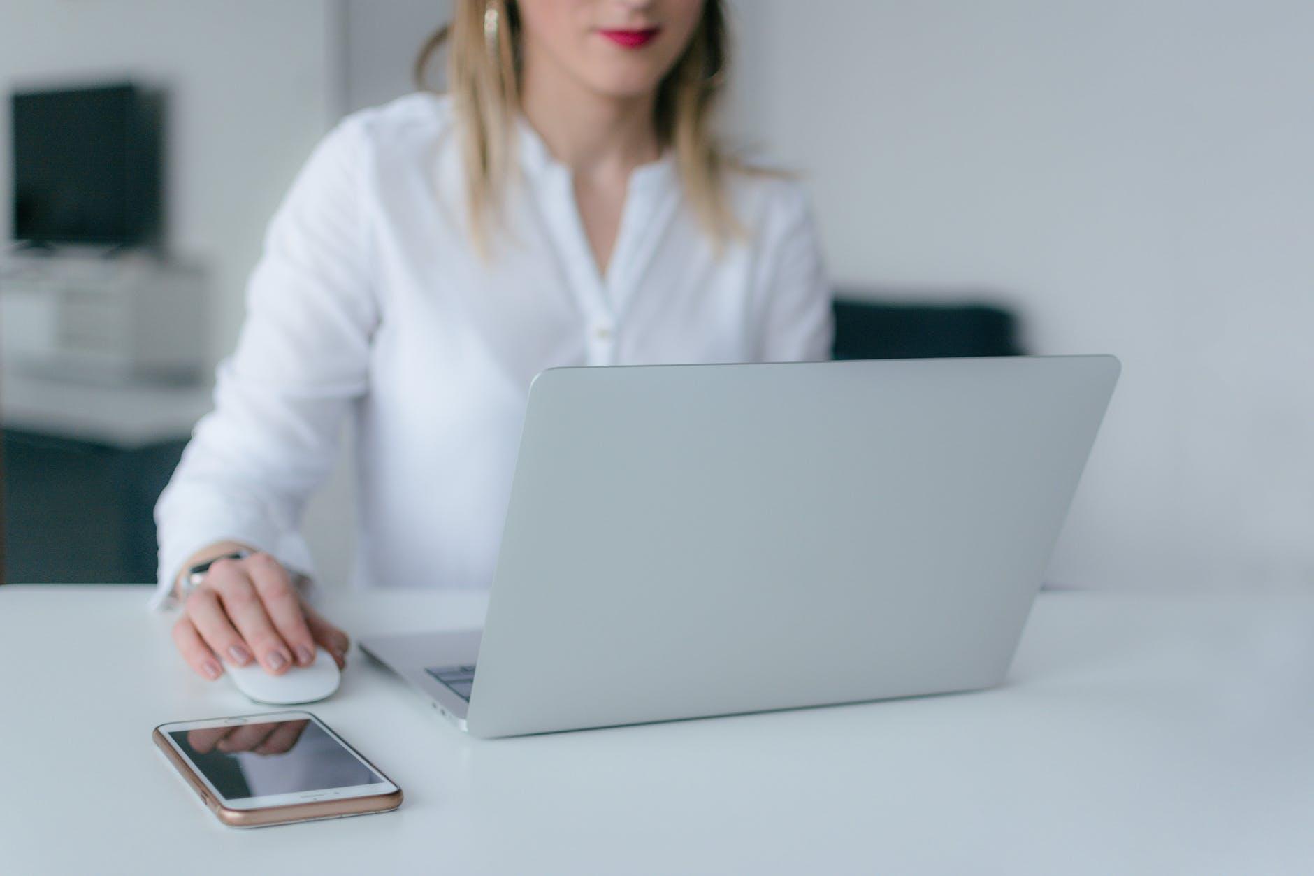 ¿Crear tu tienda online desde cero o sumarte a un marketplace? 4 razones para ayudar a tu negocio a resolver este dilema en 2021