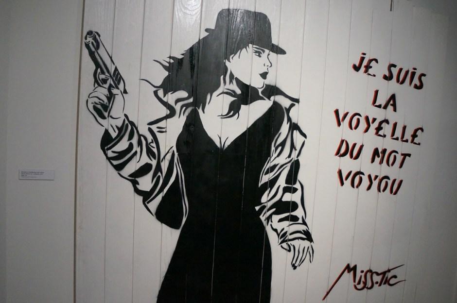 Expo au dela du street art musee poste Miss Tic