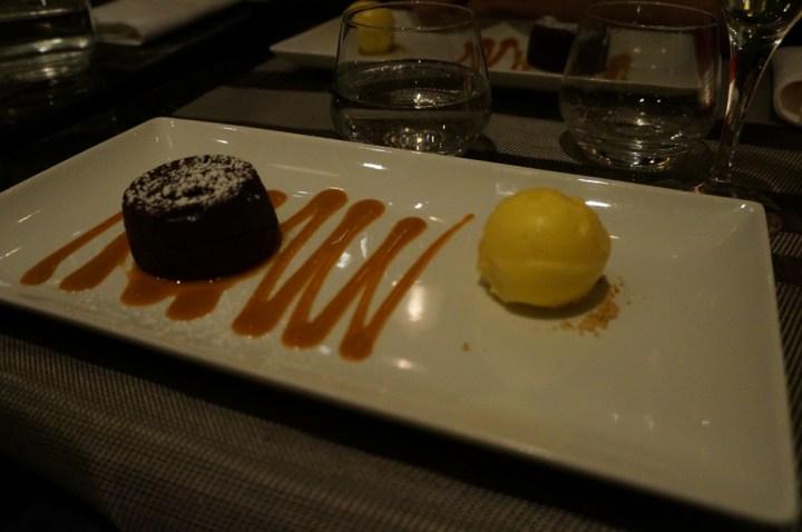 Bar touch in Paris avis avis Moelleux chocolat sorbet