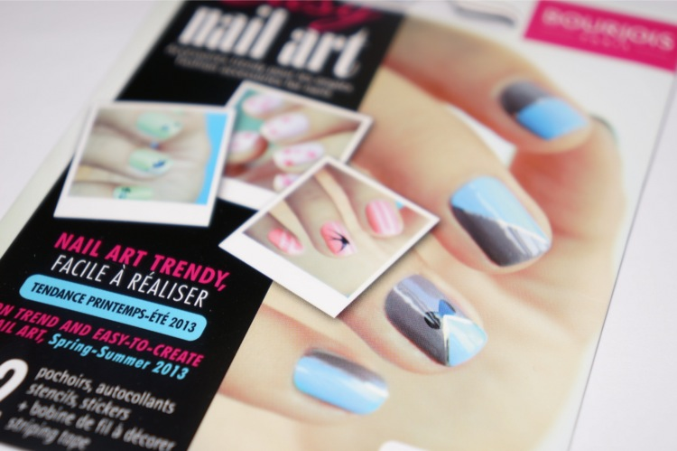 Bourjois kit easy nail art pshiiit