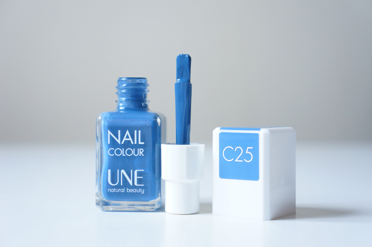 Vernis Une natural beauty Nail Colour test avis pinceau manucure