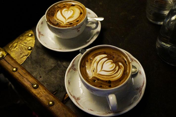 Café Lomi Paris avis chocolat chaud