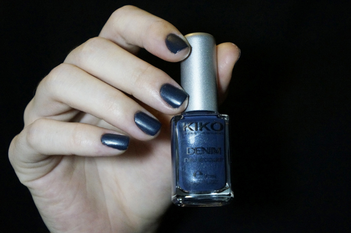 Kiko Denim Nailpolish vernis 466 French Charcoal swatch Boulevard Rock