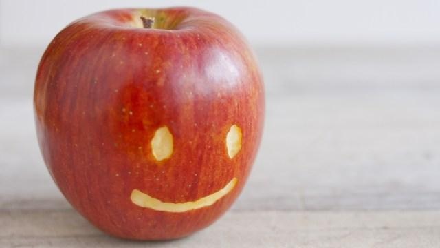 リンゴの顔