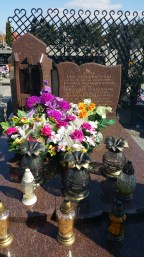 Janina grave with flowers