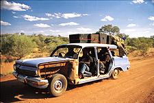 Bush Mechanics, aborígenes chapuzas sobre ruedas