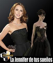 Jennifer Love Hewitt en bikini (y sin maquillaje)