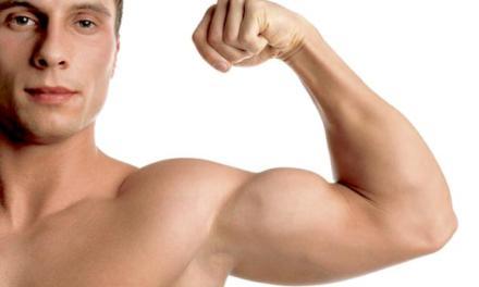 El mito de hacer bíceps para ser más fuertes