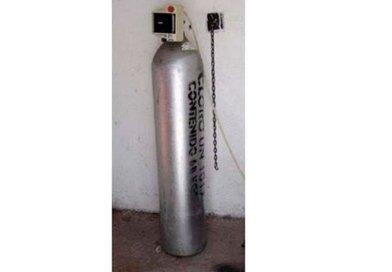 Buscan cilindro de gas sustraído de pozo