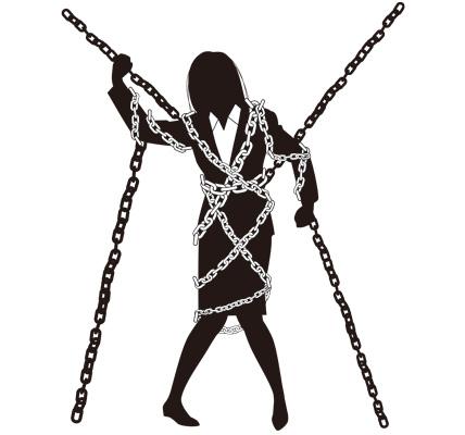 鎖に縛られた女性ビジネスマンのイラスト