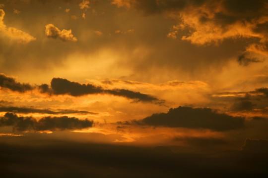 真っ赤な空 « 商用利用OK&無料の寫真・フリー素材を集めました!総合素材サイト|ソザイング