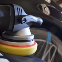 formation polissage lustrage d'une voiture