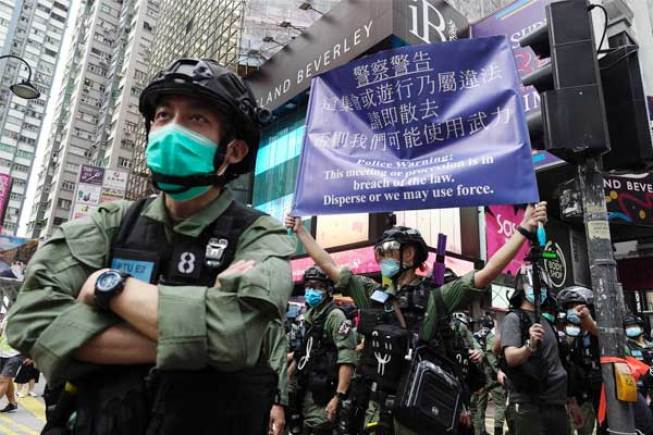 86 people arrested by Hong Kong police for protesting on China's national  holiday - Shortpedia News App