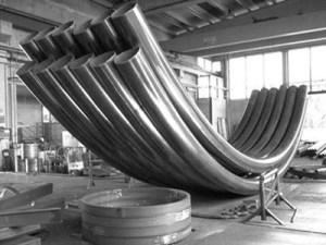 Трубы гнутые для конструкций торгового центра