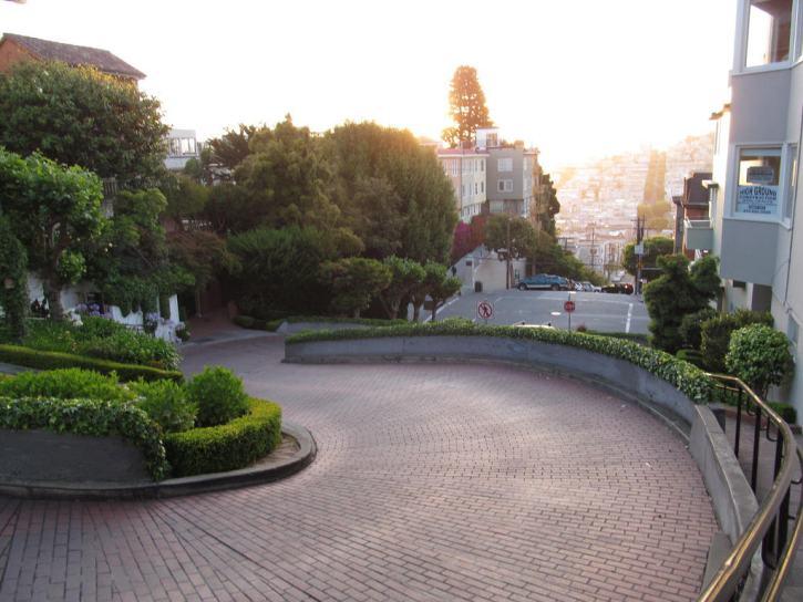 Lombard Street (Crooked Street) - San Francisco, California