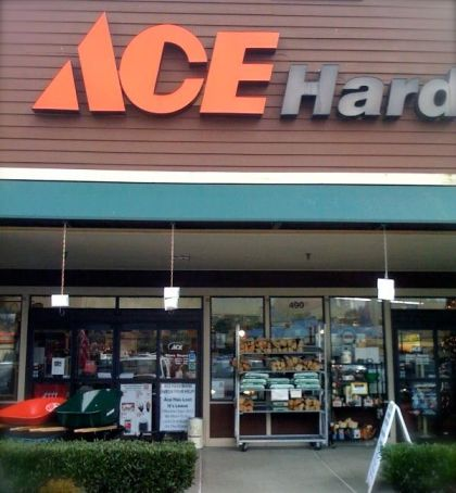 Sammamish Ace Hardware closed in July.  Trader Joes will replace it in February.  Photo:  Save Sammamish Ace Hardware Facebook page