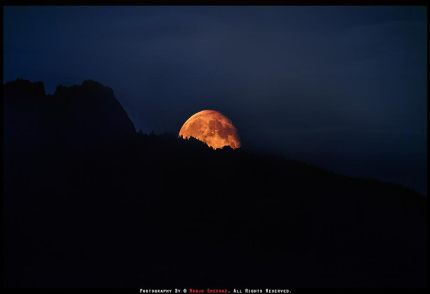 supermoon over Mt Si