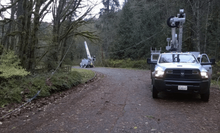PSE crews working on downed power lines on the Preston-Snoqualmie Trail, 10/26/14