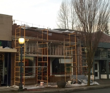 Brick replacement on exterior of new Georgia's Bakery