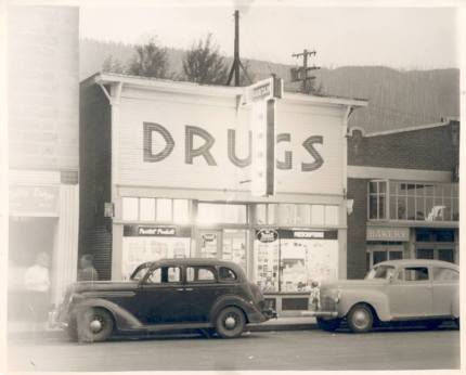 Original bakery building from the 1940's. Photo: Snoqualmie Valley Historical Museum