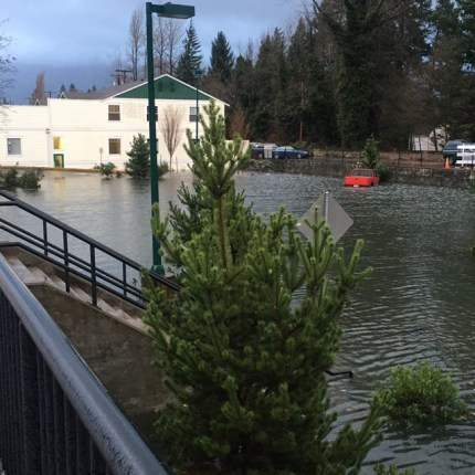 Public parking lot along W North Bend Way in downtown North Bend, 12/19/15. Photo: Geoff Doy