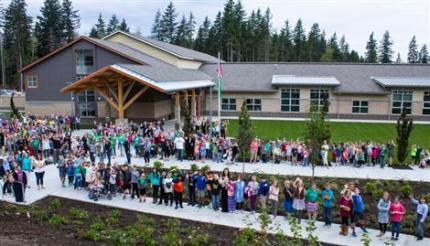 Students and staff outside TRES, August 31st. Photo: SVSD